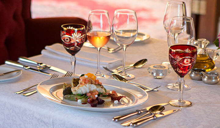 dining-meal-food-experience-luxury-frannschhoek