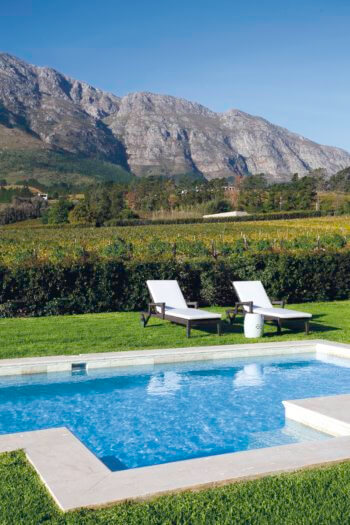pool-vineyard-suite1-pool-franschhoek-vineyard-la-residence