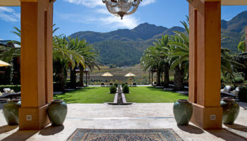 la-residence-persian-alley-mountains-franschhoek