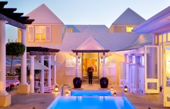 property-gallery-hermanus-hotel-pool-courtyard