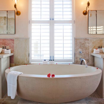 bh-room-10-bathroom-luxury-hotel-accommodation-hermanus