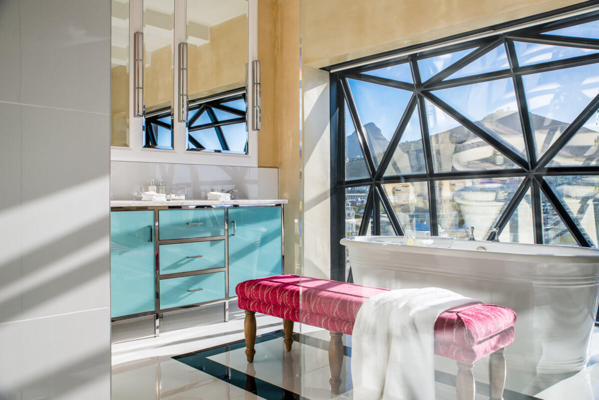 silo-hotel-luxury-bathroom-capetown