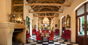 dining-hall-experience-luxury-frannschhoek