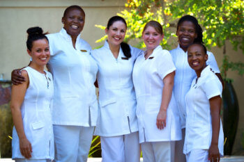 spa-team-therapist-treatment-safari-kruger